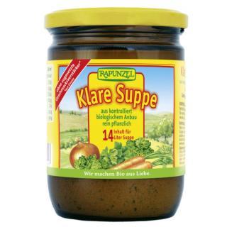 Klare Suppe im Glas