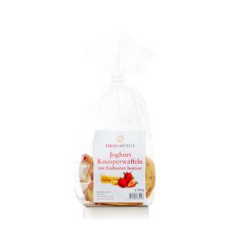 Erdbeer-Knusperwaffeln in weißer Joghurtschokolade